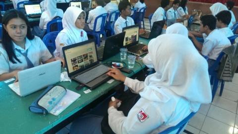 Surabaya Maker Party